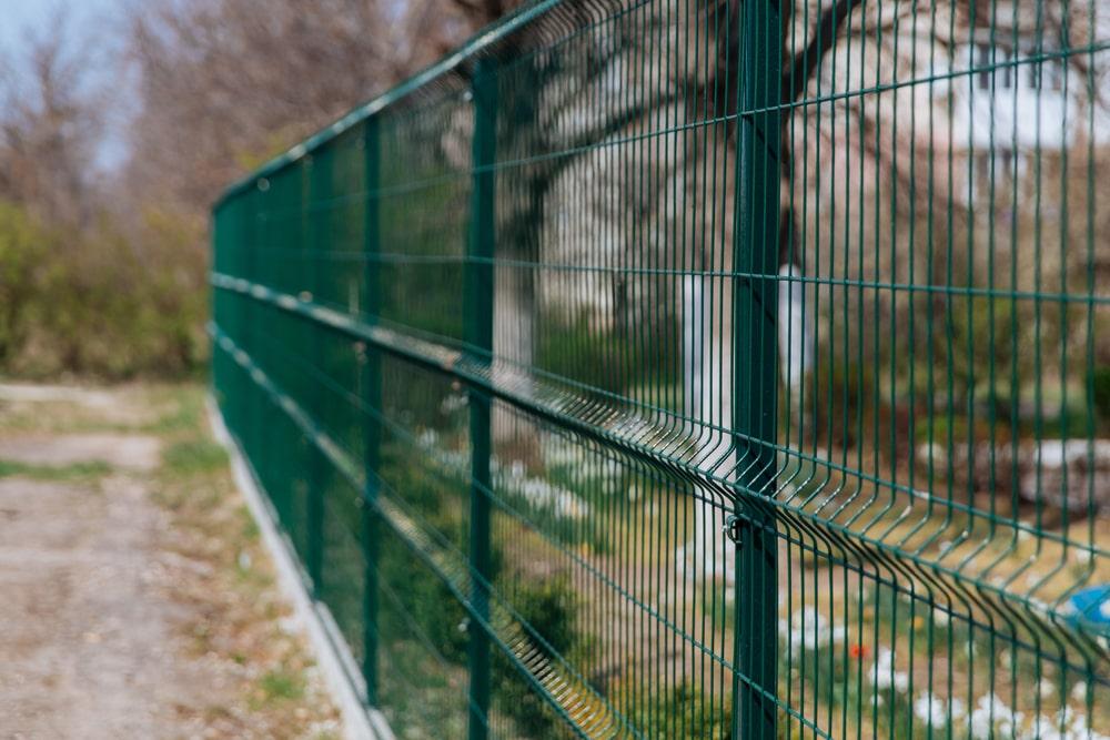 mesh fencing Kingston
